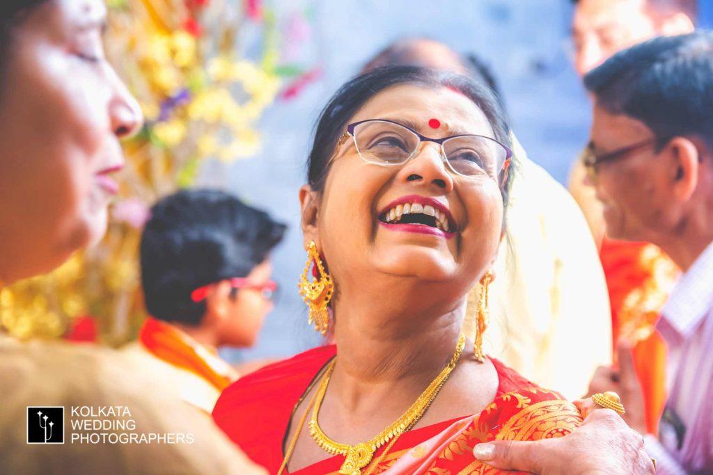 candid wedding photography in kolkata