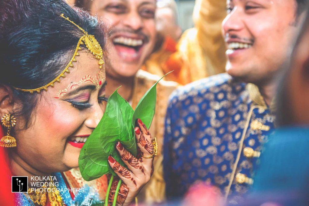 candid wedding photographer in kolkata